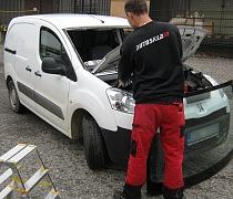 Mobilní autosklo servis 1